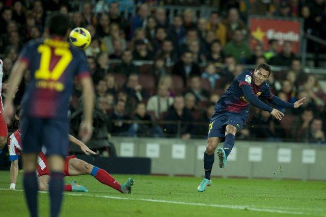 Barcelona 4-1 Atletico Madrid Adriano goal 1-1