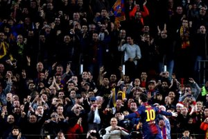 Barcelona 4-1 Atletico Madrid Messi celebrates goal 3-1