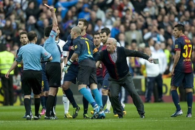 real madrid 2-1 barcelona valdés red card perez lasa carles nadal