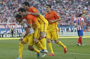 atletico 1-2 fc barcelona alexis goal celebration 2013