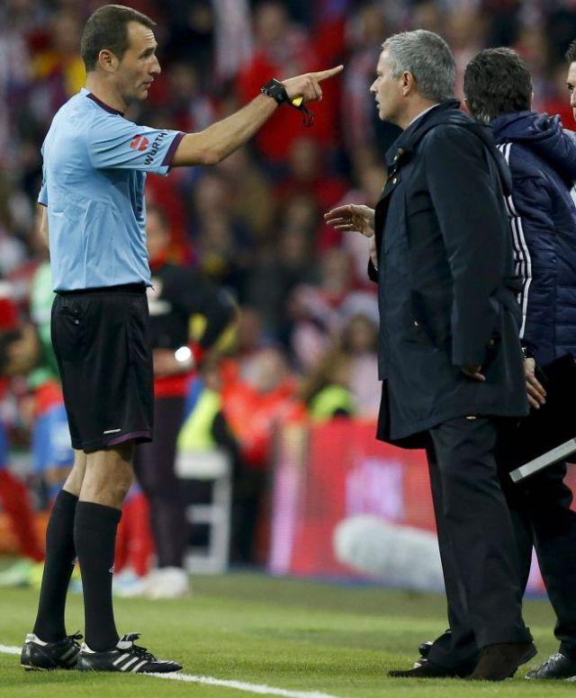 mourinho sent off copa del rey final 2013