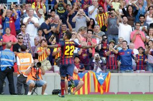 barcelona 7-0 levante alves celebrates third goal 2013