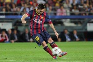 barcelona 4-0 ajax messi free kick goal 2013