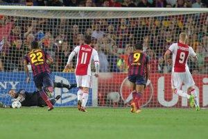 Barcelona 4-0 Ajax Valdés penalty save Sigthorsson 2013