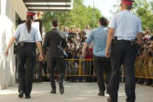 Lionel-y-Jorge-Messi-a-declara_54390104353_54115221152_960_640