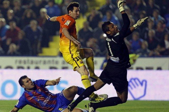 levante 0-4 barcelona messi 0-1 goal