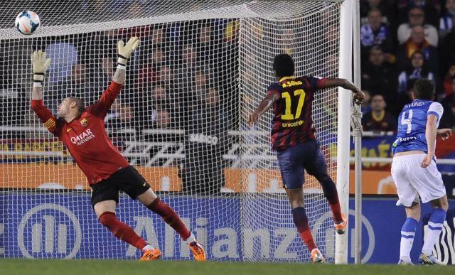 Real Sociedad 3-1 Barcelona Song own goal 2014