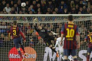 Barça 2-1 Man City Valdés save 2014