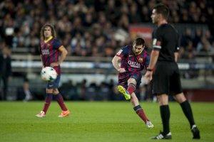Barça 4-1 Almeria Leo Messi free kick golazo 2014