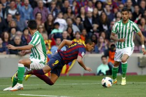 Barça 3-1 Betis Alexis wins penalty 2014
