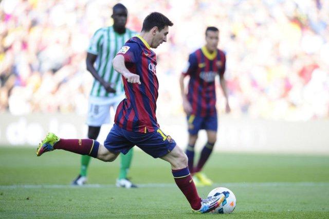 Barça 3-1 Betis Messi shoot penalty 2014