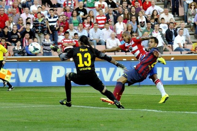 Granada 1-0 Barça Brahimi goal 2014