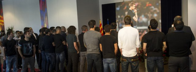 The players goodbye to Tito Vilanova