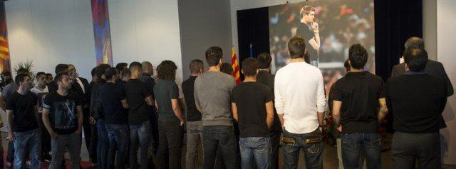 The players goodbye to Tito Vilanova