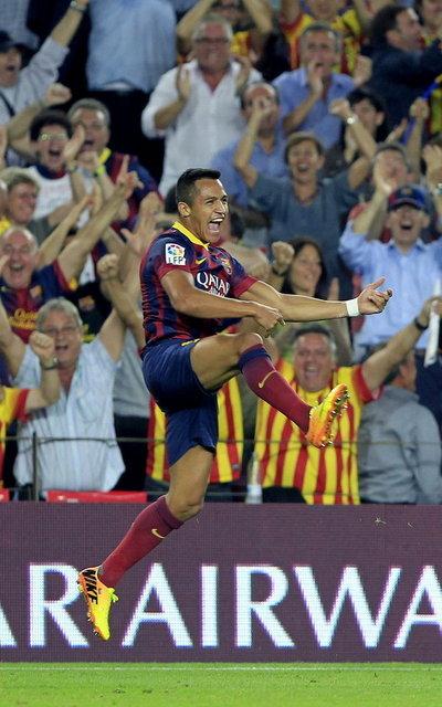 Barcelona 2-1 Real Madrid Alexis second goal celebration 2013