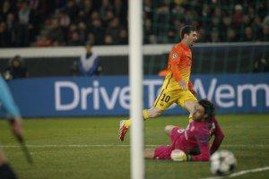 psg 2-2 barcelona messi scores 2013