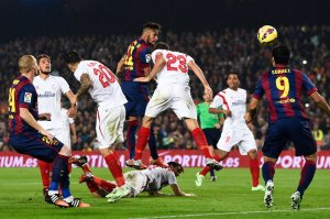 Barça 5-1 Sevilla Neymar heads goal 2014