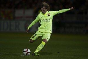 Huesca 0-4 Barça Rakitic free kick 2014