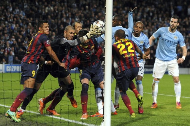 Man City 0-2 Barça Valdés under pressure 2014