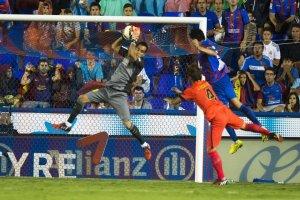 Levante 0-5 Barça Claudio Bravo 2014