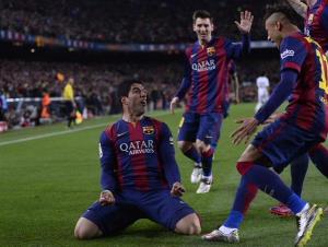 Barça 2-1 Real Madrid Suarez celebration 2015