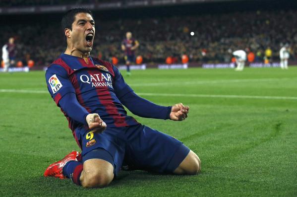Barça 2-1 Real Madrid Suarez goal celebration 2015