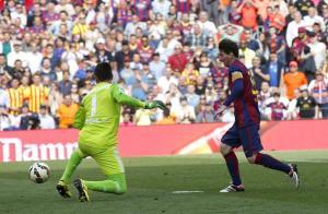 Barça 2-0 Valencia Messi goal 2015