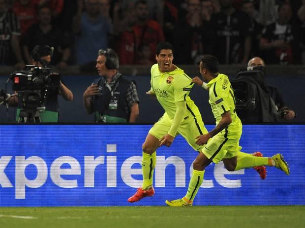 PSG 1-3 Barça Suarez Neymar goal celebration 2015