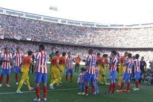 atletico 1-2 fc barcelona guard of honour 2013