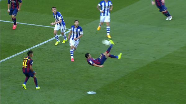 Barça 2-0 Real Sociedad Pedro overhead kick Golazo 2015