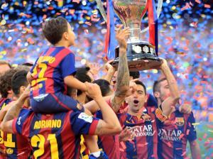 Barça Xavi liga trophy 2015