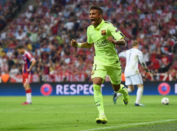 Bayern Barça Neymar celebrates goal 2015