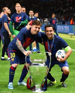Champions League Final 2015 Xavi Messi cup