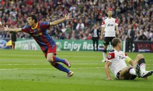 Pedro celebrates goal vs Manchester United Champions League Final 2011
