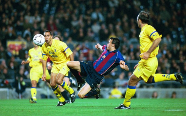 Luis Enrique scores against Las Palmas 2002